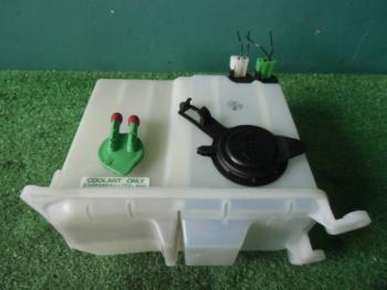 Suzuki Every Van Washer Motor Tank assembly